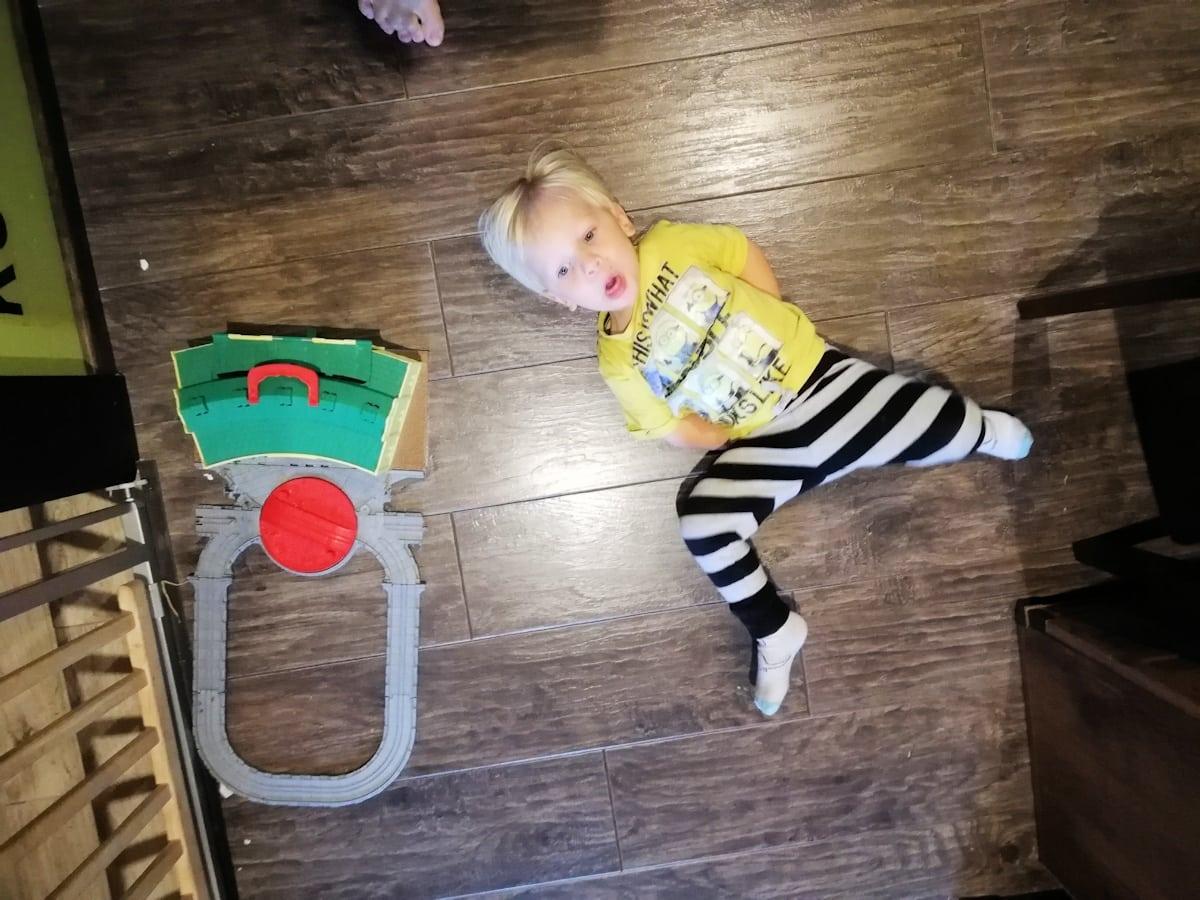 Nie lubię się bawić z moim dzieckiem.