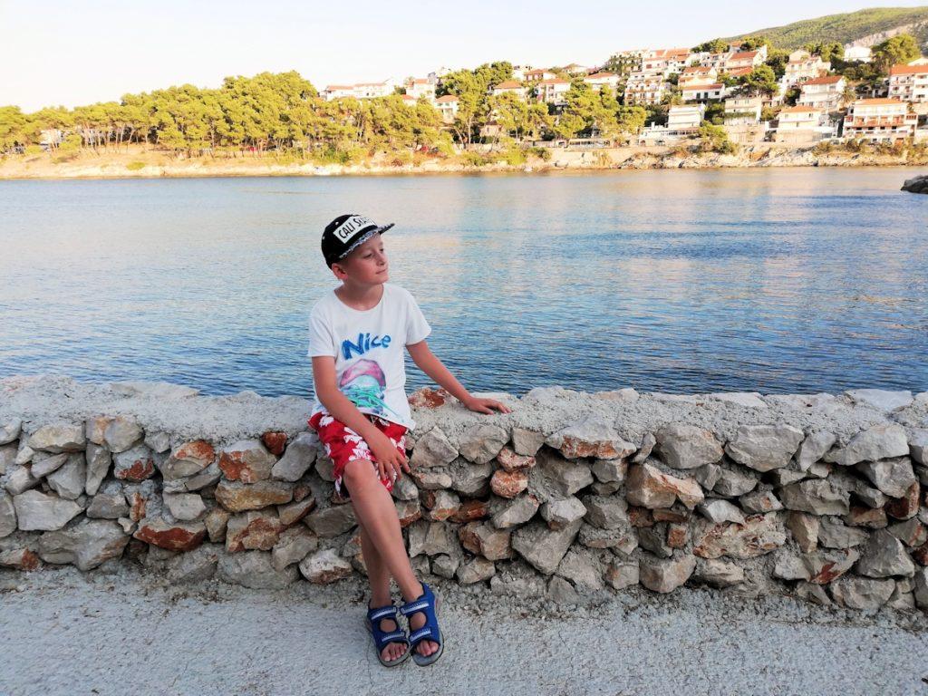 Jelsa na wyspie Hvar w Chorwacji.